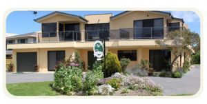 Moonlight Bay Bed and Breakfast - Wagga Wagga Accommodation