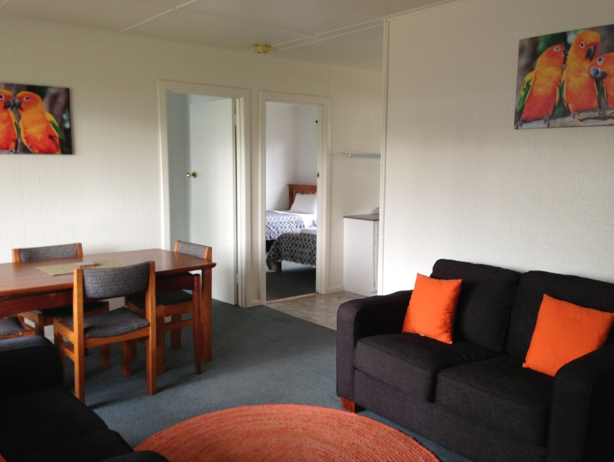 Phillip Island Cottages - Wagga Wagga Accommodation