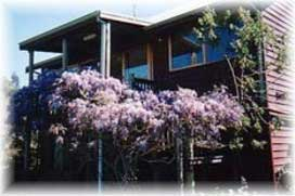 Chestnut Brook Cottage - Wagga Wagga Accommodation