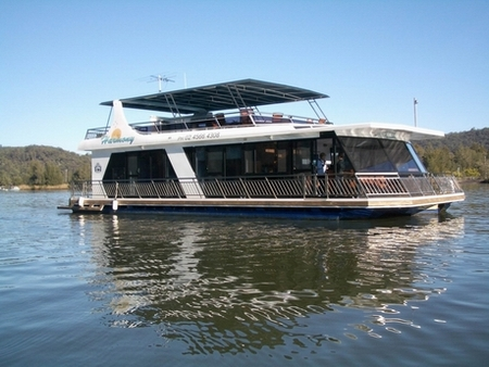 Able Hawkesbury River Houseboats - Wagga Wagga Accommodation