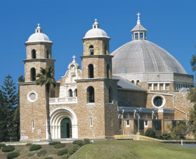 St Francis Xavier Cathedral - Wagga Wagga Accommodation