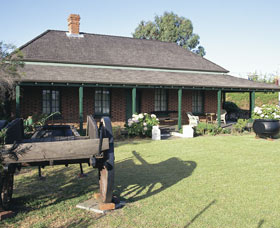 King Cottage Museum - Wagga Wagga Accommodation