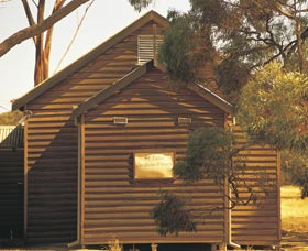 St Lukes Anglican Church - Wagga Wagga Accommodation