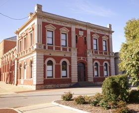 Northam Town Hall - Wagga Wagga Accommodation