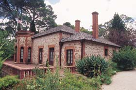 Old Government House - Wagga Wagga Accommodation
