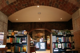 The Book Cellar - Wagga Wagga Accommodation