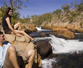 Crystal Falls - Wagga Wagga Accommodation