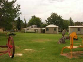 Strathnairn Homestead - Wagga Wagga Accommodation