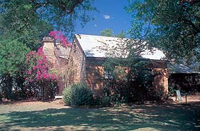 Springvale Homestead - Wagga Wagga Accommodation