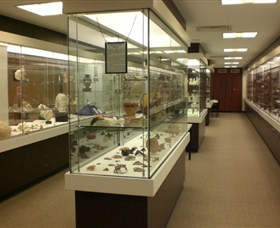 UQ Antiquities Museum - Wagga Wagga Accommodation
