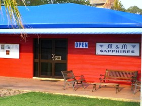 M and M Sapphires - Wagga Wagga Accommodation
