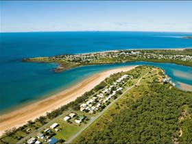 Grasstree Beach - Wagga Wagga Accommodation