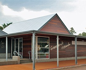 Grassland Art Gallery - Wagga Wagga Accommodation