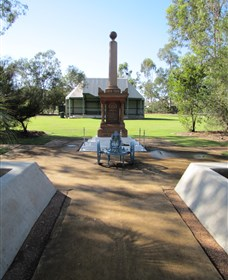 Mitchell War Memorial - Wagga Wagga Accommodation