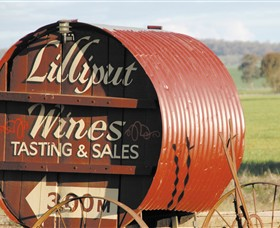 Lilliput Wines - Wagga Wagga Accommodation