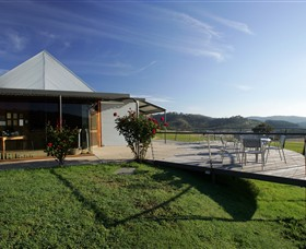 Dalwhinnie Wines - Wagga Wagga Accommodation