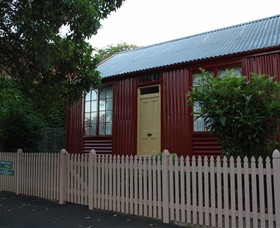 19th Century Portable Iron Houses - Wagga Wagga Accommodation