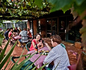 Barangaroo Boutique Wines - Wagga Wagga Accommodation