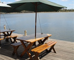Dine at Tuross Boatshed and Cafe - Wagga Wagga Accommodation