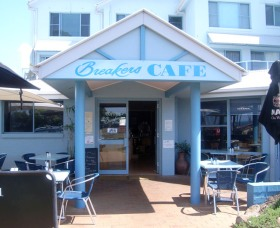 Breakers Cafe and Restaurant - Wagga Wagga Accommodation