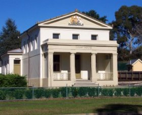 Berry Courthouse - Wagga Wagga Accommodation