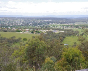 McIlveen Park Lookout - Wagga Wagga Accommodation
