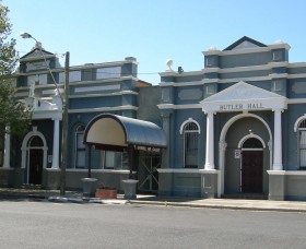 Inverell Art Gallery - Wagga Wagga Accommodation