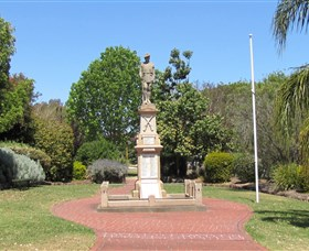 Greenmount War Memorial - Wagga Wagga Accommodation