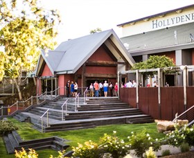 Hollydene Estate Wines and Vines Restaurant - Wagga Wagga Accommodation