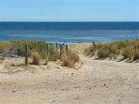 Normanville Beach - Wagga Wagga Accommodation
