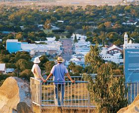 Towers Hill Lookout and Amphitheatre - Wagga Wagga Accommodation