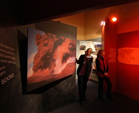 Volcanoes Discovery Centre - Wagga Wagga Accommodation