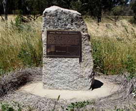 Aerial Trunk Route Memorial - Wagga Wagga Accommodation