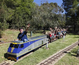 Willans Hill Miniature Railway - Wagga Wagga Accommodation