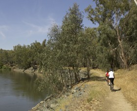 Wiradjuri Walking Track - Wagga Wagga Accommodation