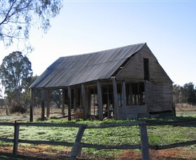 Cobb and Co Stables Morven - Wagga Wagga Accommodation