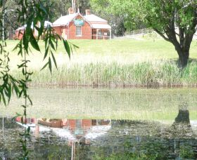 Queanbeyan Art Society - Wagga Wagga Accommodation
