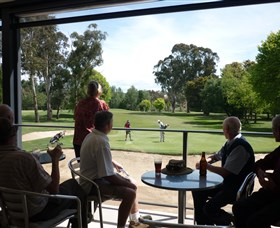 Queanbeyan Golf Club - Wagga Wagga Accommodation