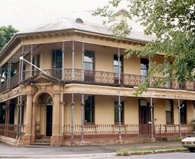 Singleton Heritage Walk - Wagga Wagga Accommodation