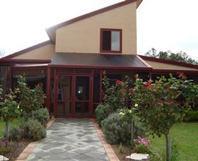 Nightingale Wines - Wagga Wagga Accommodation