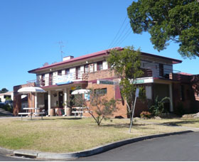 Hotel Oaks - Wagga Wagga Accommodation