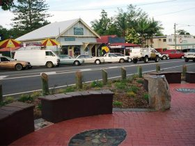 Maleny Handicraft Markets