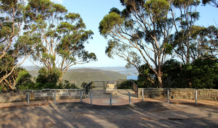 Staples lookout - Wagga Wagga Accommodation