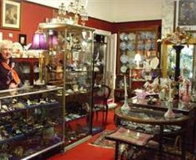 Nerilee Antiques - Wagga Wagga Accommodation