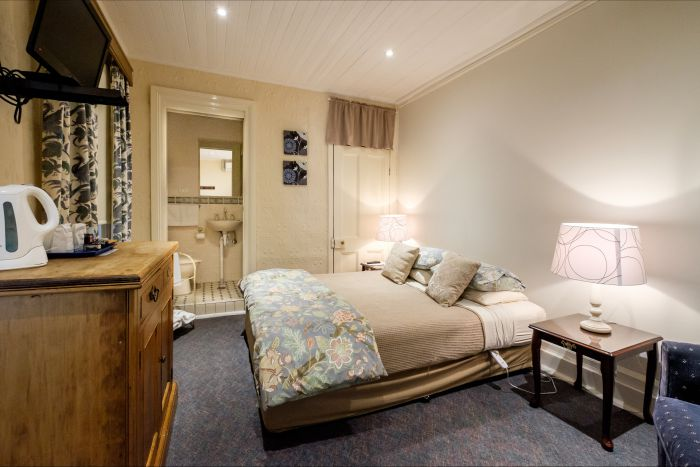 Peel Inn Nundle - Wagga Wagga Accommodation
