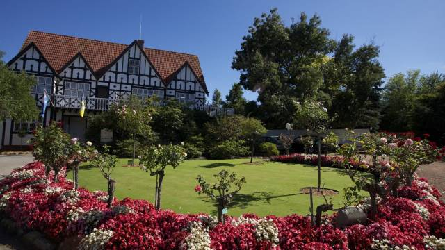Cockington Green Gardens