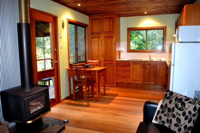 Waterfall Hideout-Rainforest Cabin for Couples - Wagga Wagga Accommodation