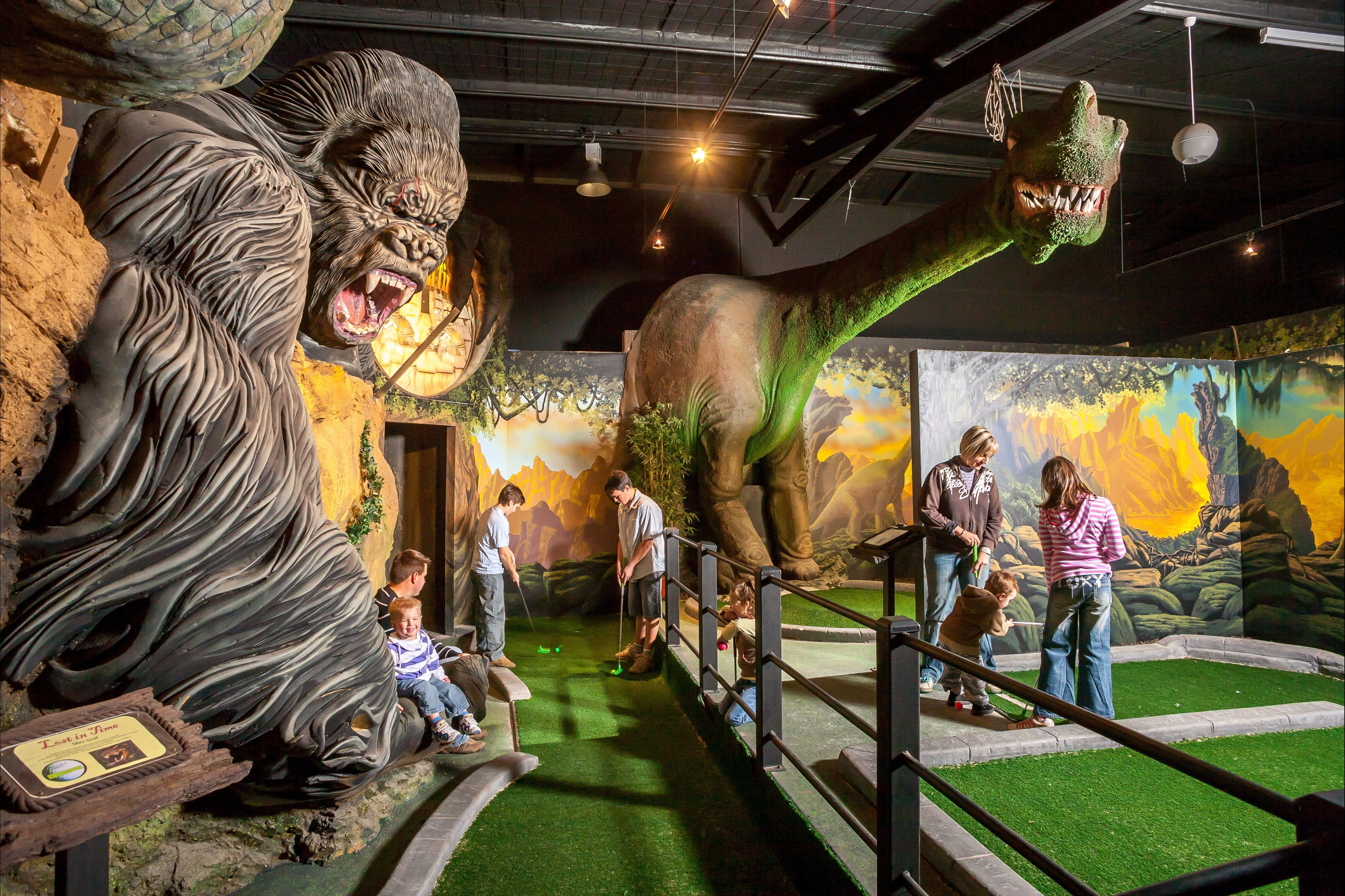 Gold Rush Mini Golf - Wagga Wagga Accommodation