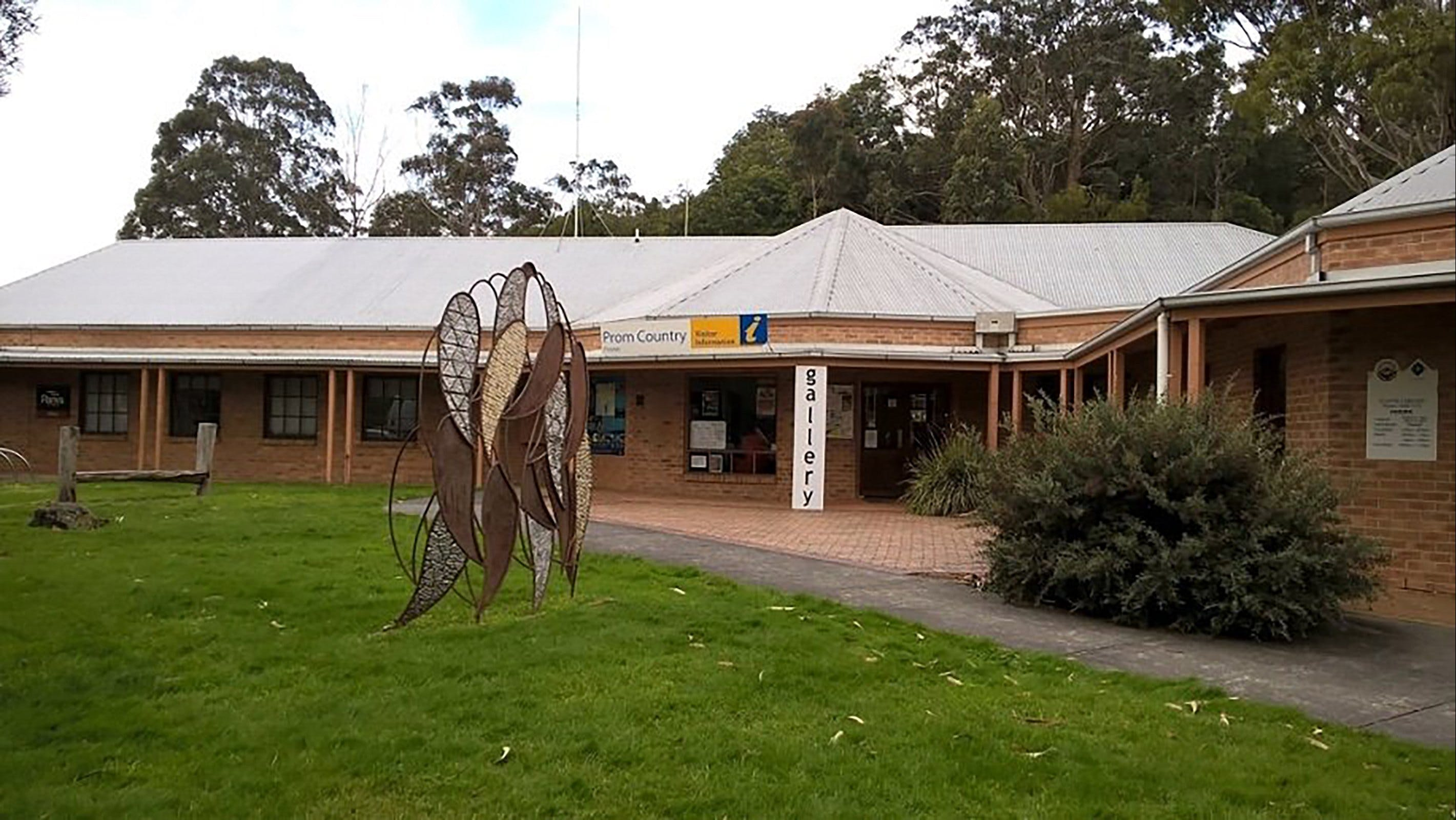 Stockyard Gallery - Wagga Wagga Accommodation