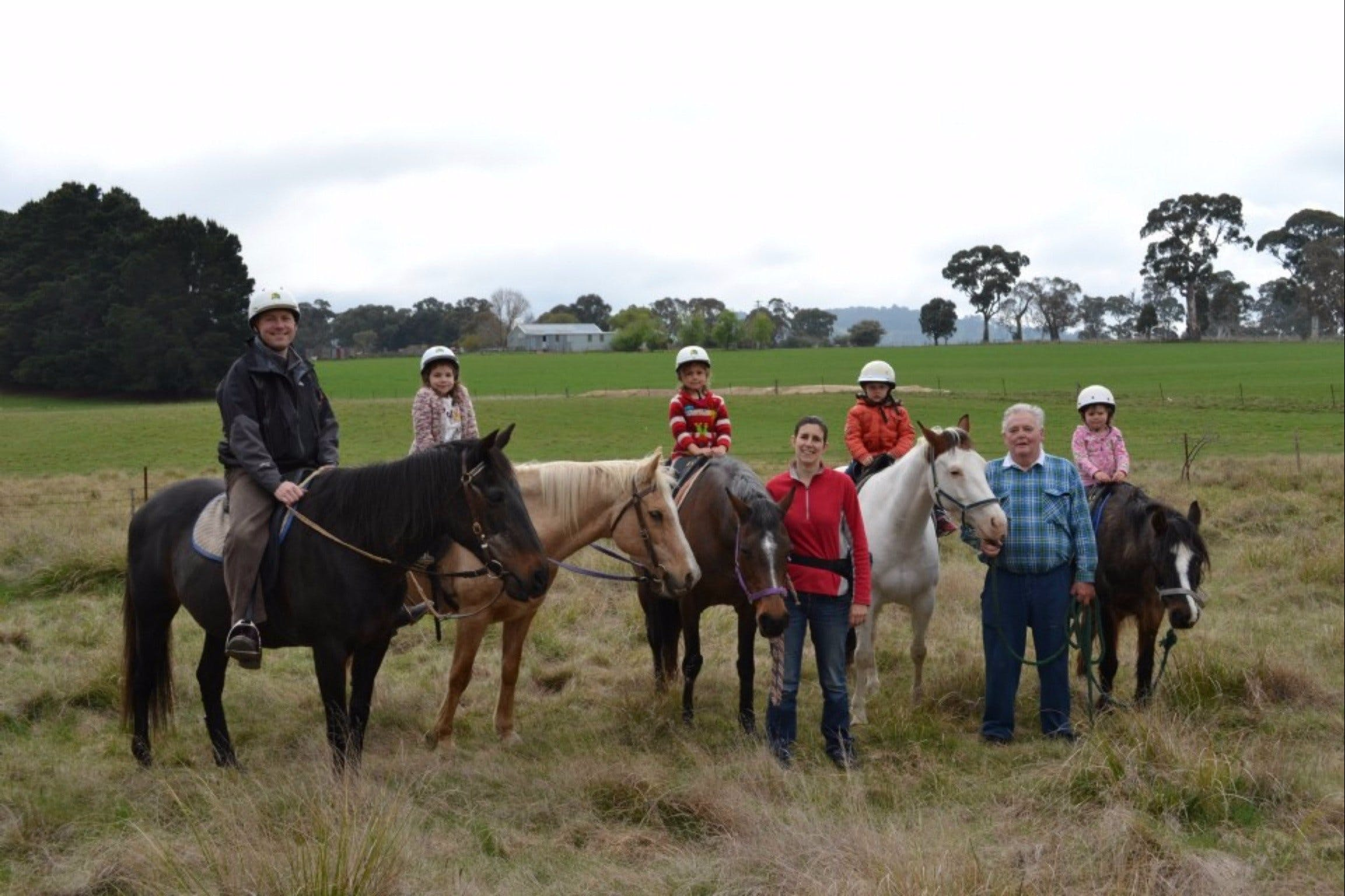 High Country Trail Rides - Wagga Wagga Accommodation